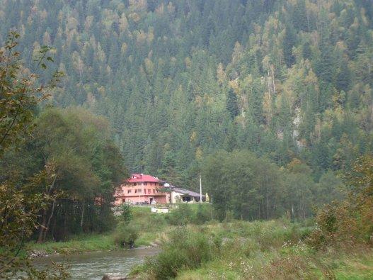 Prin Valea Bistriței