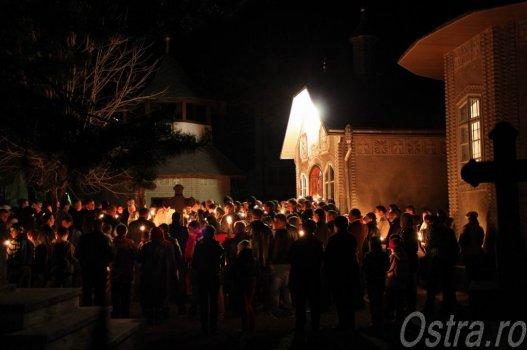 Slujba de Înviere - Ostra